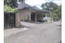 Rumah 5 kamar dekat kampus UII area pemukiman