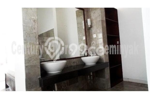Di Sewakan Villa Full Furnish di Umalas Kerobokan Bali 9837425