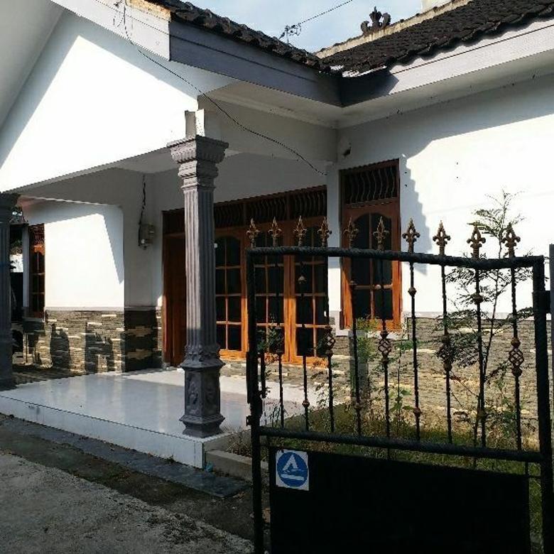 Rumah-Karanganyar-1