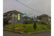 Dijual daerah Dago Resort lokasi strategis,posisi di hook,akses jalan lebar