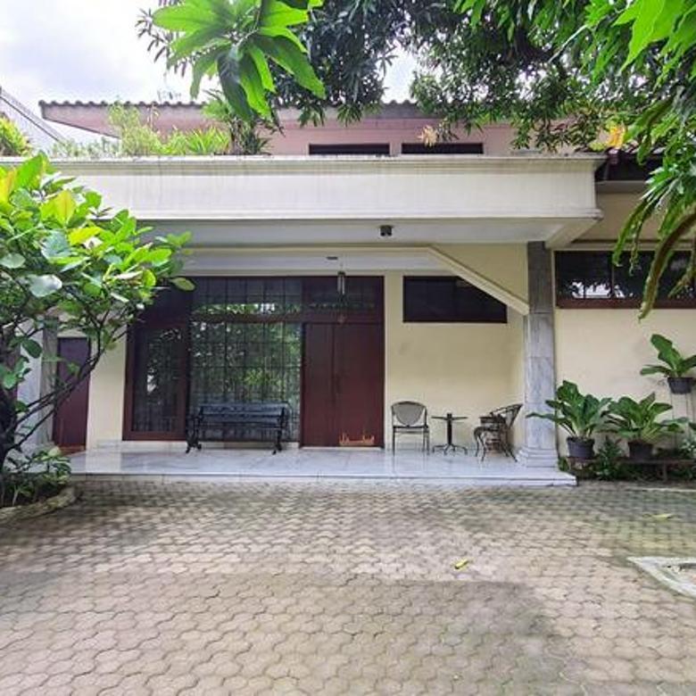 Dijual Rumah Siap Huni di Kebayoran Baru