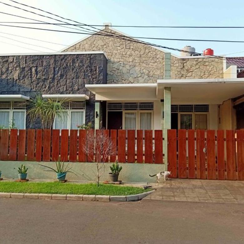 Rumah Minimalis, Apik Terawat  Siap Huni di Bintaro Sektor 9
