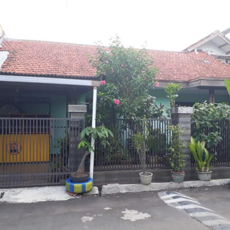 Di Jual Rumah di Jl.Suryalaya