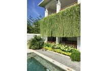 Villa Unik dengan Architecture Kolonial Mixed Bali Design di Canggu