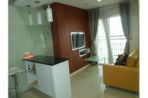Apartemen Cosmo Terrace 2BR Furnished Lantai 30 Harga 10.5Juta/Bulan Nego