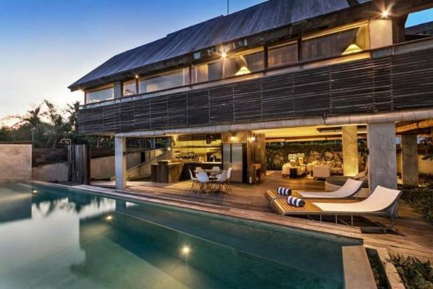 Rp7,81mily Vila Dijual