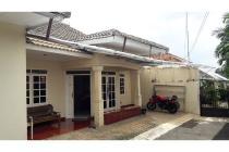 Rumah di Kebayoran Lama, Lingkungan Tenang, Unfurnished, SHM, LT 240 m2