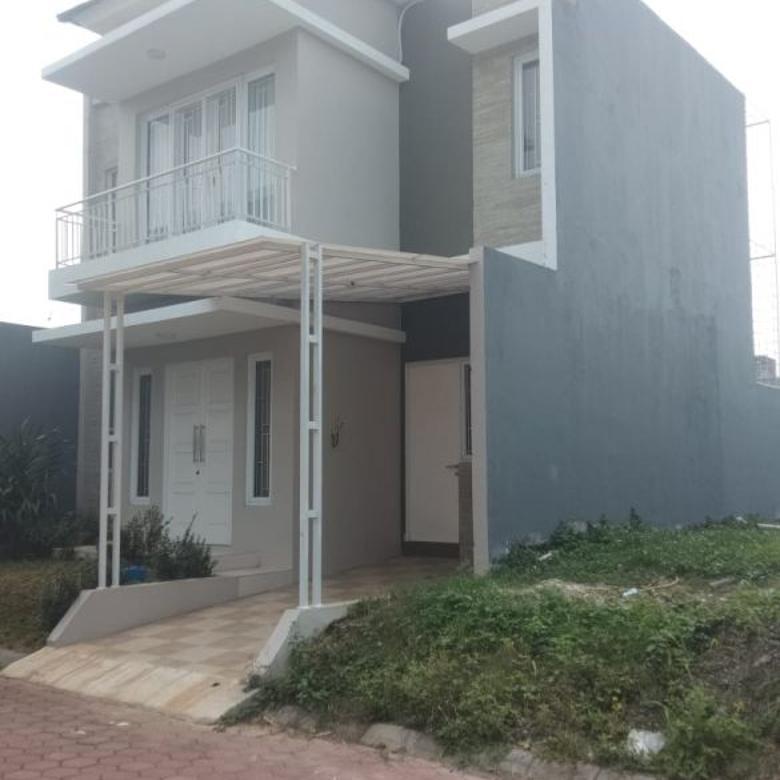 Rumah Cimanggu Dengan Kolam Renang Pribadi Akses Dekat TOL