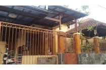 RUMAH 1,5 Lt. di BUMI SARIWANGI dekat Sarijadi Gegerkalong Bandung