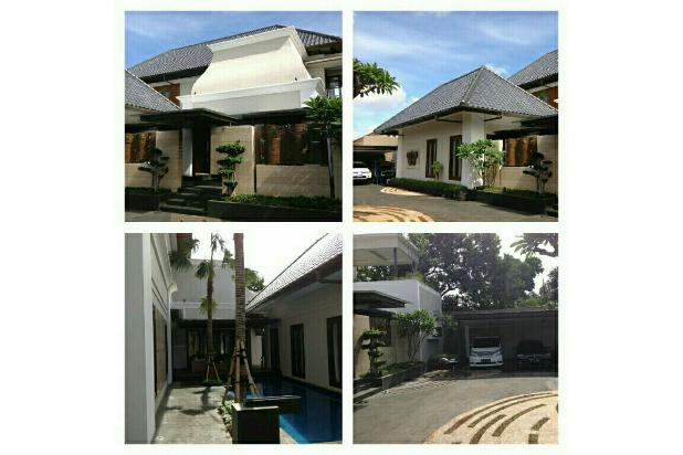 rumah mewah bernuansa clasik dan modern didaerah jati padang 17935005