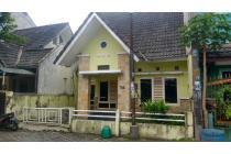 Rumah Tipe.70/120 dikontrakkan dalam perumahan Condongcatur Sleman
