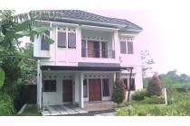Jual Rumah 2 Lantai Dalam Perumahan di Jl Gito Gati Dekat Pemda Sleman