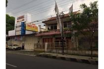 Rumah Dijual 700m, Pinggir jalan besar