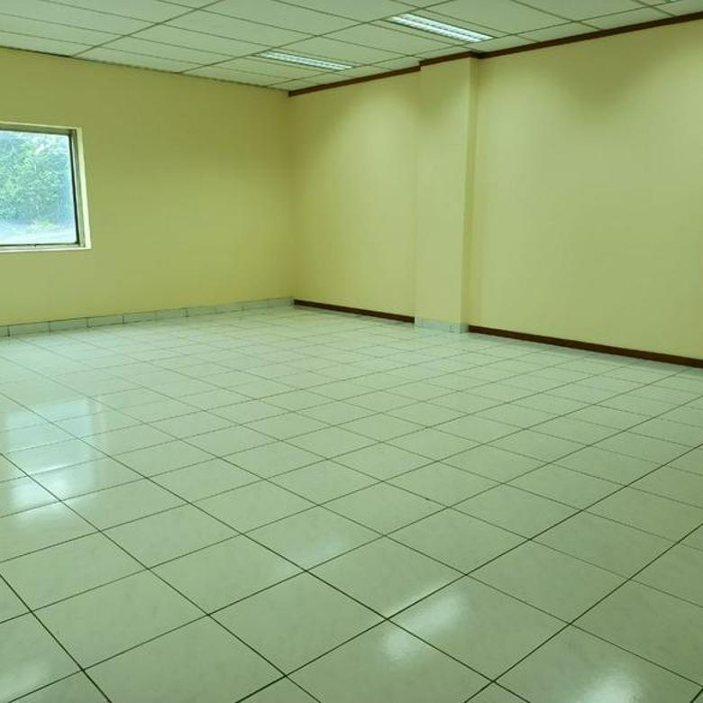 Gedung Kantor 4 Lantai di Jl. Jatinegara Barat dekat RS. Premier