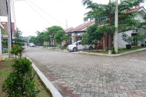 Rumah KPR, Angsuran Rendah, Fasilitas Kolam Renang di Pearl Garden Sawangan 17793775