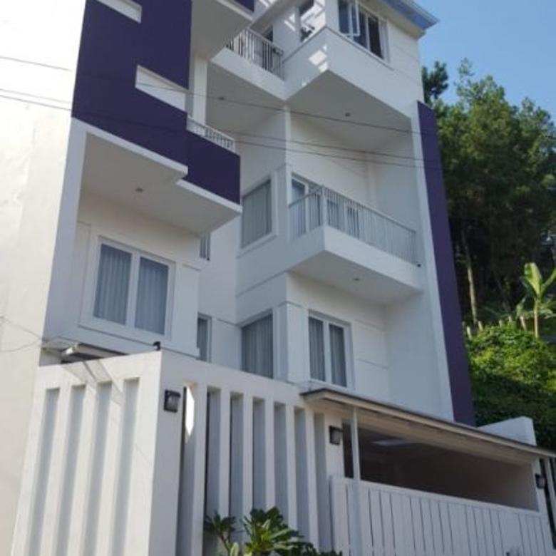 Dijual Rumah Bagus Mewah di Bukit Pakar Timur Dago, Bandung