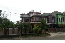 Rumah 3 lantai di Sentul Nirwana