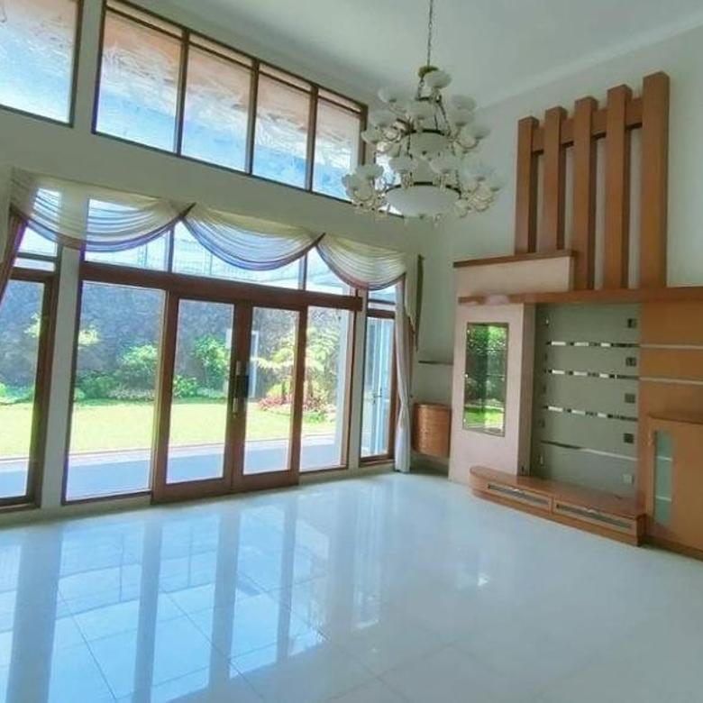 Rumah Bangunan Lux 2 Lantai Daerah Mekarwangi Bandung