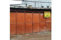 Rumah Usaha uk 6,5x18m Lokasi Ramai Strategis di Jelambar