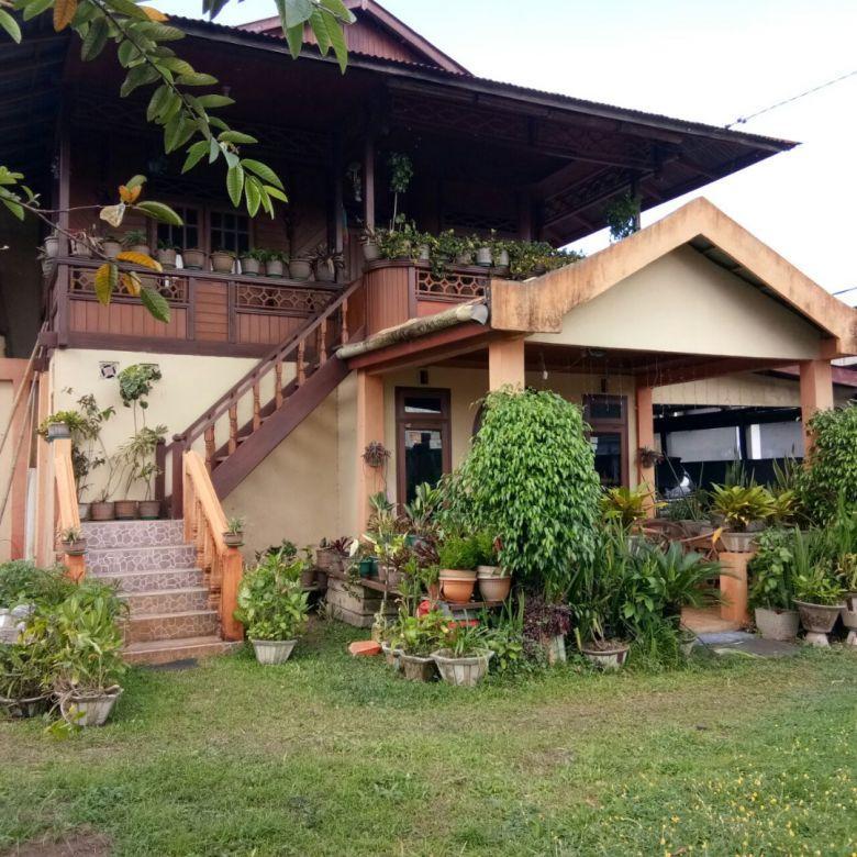 tanah dan bangunan di jl. raya tomohon, kakaskasen, tomohon