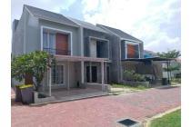 Rumah Cluster Exclusive Di Jatiwaringin Jakarta timur Strategis Dekat Tol Jatiwaringin