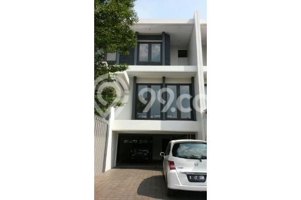 Dijual Townhouse Exclusive Ada Privete Pool Strategis di Ampera Raya Jaksel 17307735