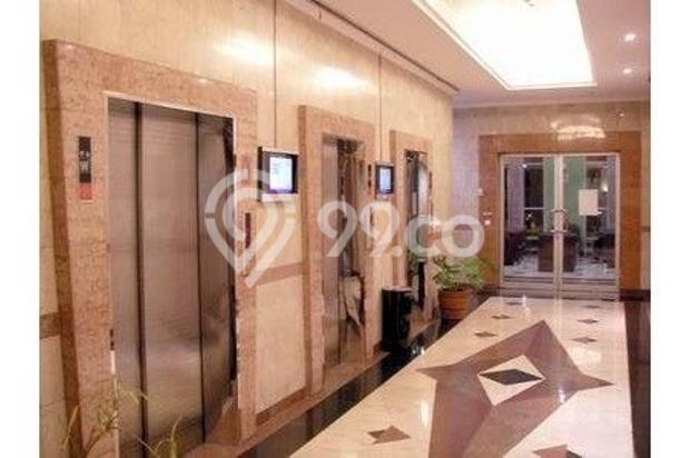 lobby lift 7284911