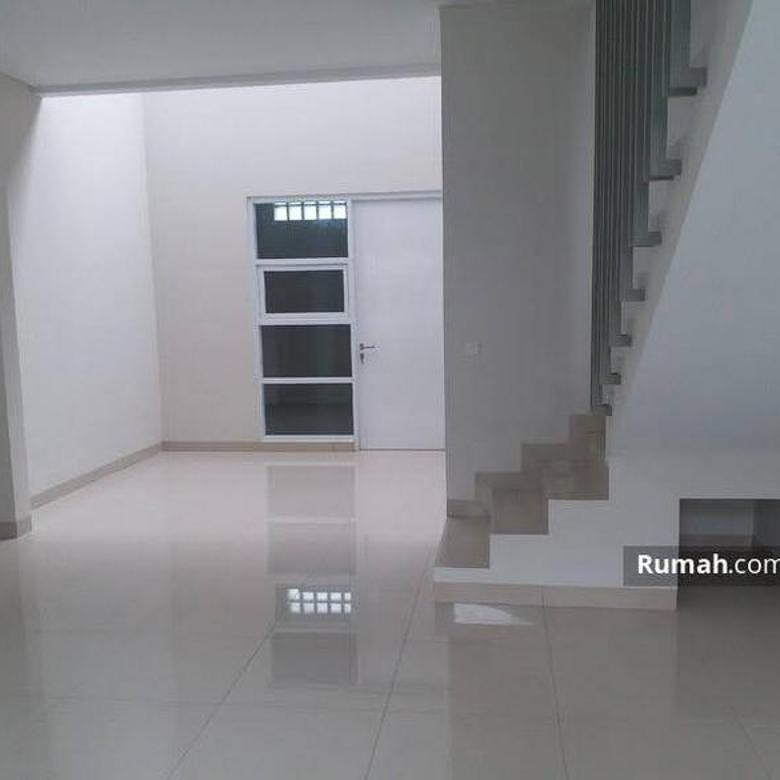 2 Levels House Taman Holis Indah 1, Bandung