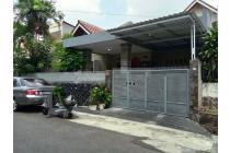 Rumah di Tebet Timur Dalam Jalanan 2 Mobil Siap Huni