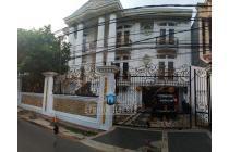 Dijual Rumah Klasik Fully Furnished di Kwitang, Jakarta Pusat