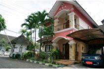 Rumah Sewa Megah & Mewah Di Area Jl Kaliurang Km 6 Dekat UGM