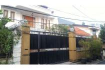 Rumah Mewah Murah 2 Lantai, Strategis di Kebayoran lama Jakarta Selatan