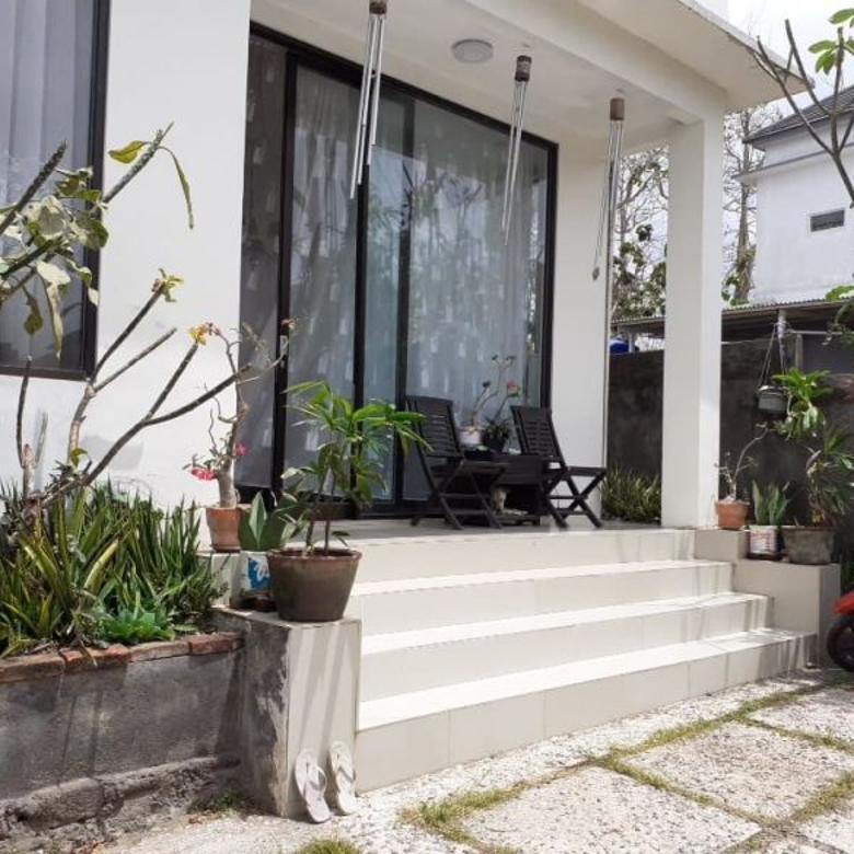 Rumah Semi Villa Jimbaran
