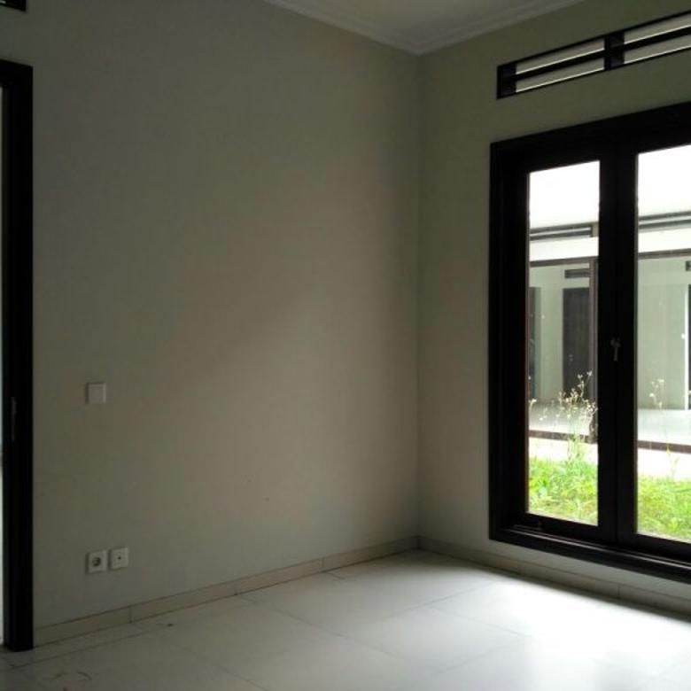 Dijual Rumah Bagus Lingkungan Elit diKota Baru Parahyangan, Bandung