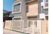 Rumah Antapani dekat dengan Fasilitas Umum harga murah