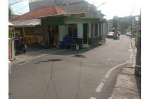 Rumah hoek siap huni dengan luas 14x20 290m Type 3KT Kwitang Senen Jakarta Pusat