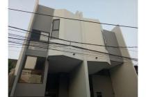 Dijual Rumah Baru Nyaman di Tanjung Duren Jakarta Barat