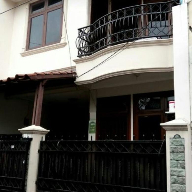 Rumah 2,5 Lantai Murah Siap Huni di Pondok Bambu Jakarta Timur