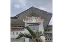 Rumah mewah dan Luas 2 lantai Di Batu Indah Bandung