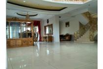 Rumah Lux Full Furnished Di Batununggal Indah