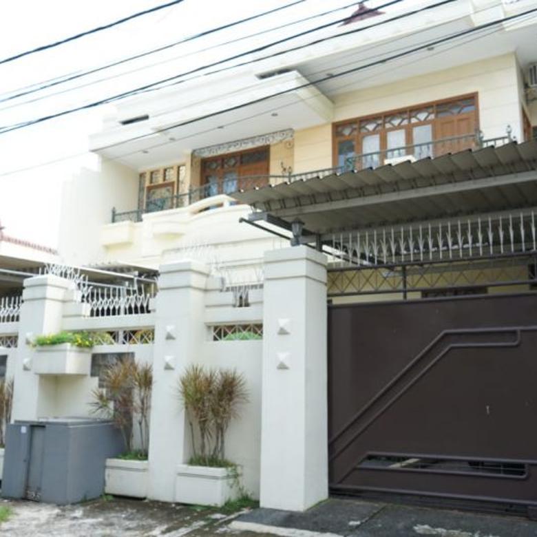 Dijual Rumah Full Furnished di Kebayoran Baru, Jakarta Selatan