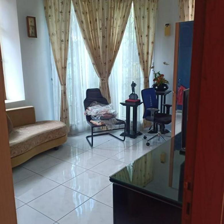 Rumah hoek 2lantai siap huni luas 16x17 278m Type 5+1KT Kelapa Gading Jakarta Utara