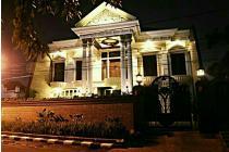 Jl. Sumatera Gubeng Surabaya Classic Mewah Parkiran Mobil Luas Siap Huni