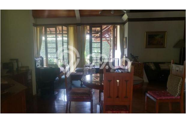 Rumah Strategis dan Bagus di Setrasari Kulon 16845134