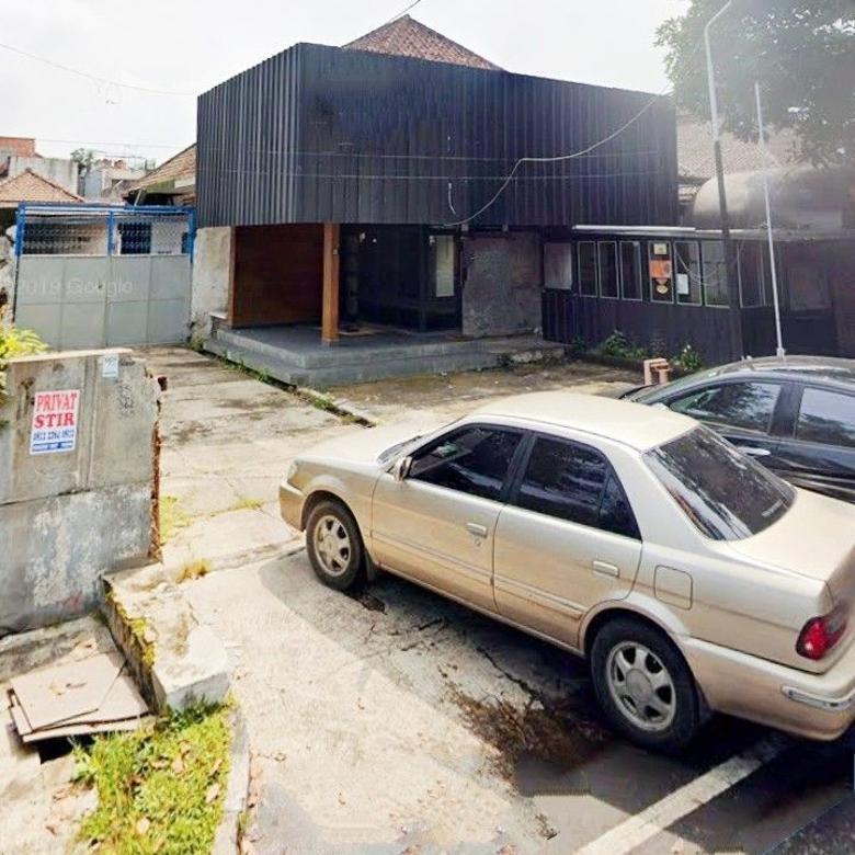 Rumah ex café parkiran luas Halimun dekat sekolah favorit