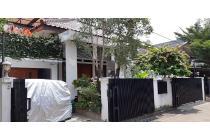 Rumah Dijual di Delta Sari, Radio Dalam, 2 Lantai, SHM, Luas Tanah 320 m2