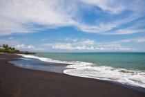 Jual Tanah Depan PantaI Canggu Seseh Badung Bali