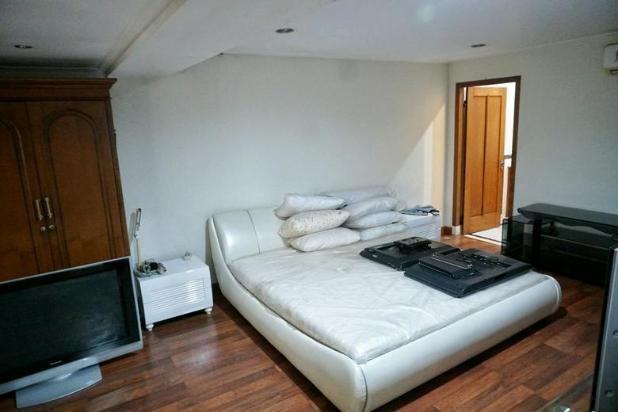 Rp64mily Rumah Dijual