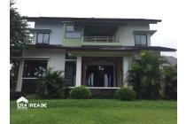 Rumah Villa view kota Semarang di Villa Aster Banyumanik Semarang