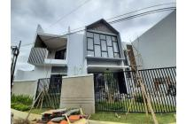 Rumah Modern Mewah Gayungsari Barat, Surabaya